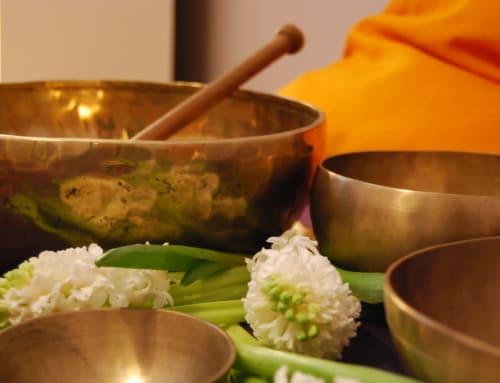 Masaże dźwiękiem i rezonansem poprzez misy tybetańskie