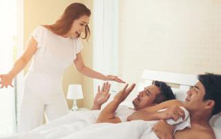 Kiedy Twój mąż Cię zdradza, ale nie z kobietą